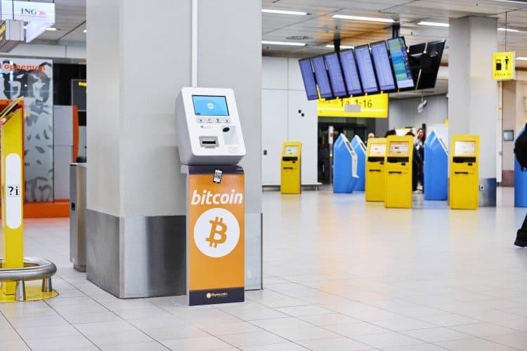 Schiphol lanceert wisselautomaat voor bitcoin en ethereum