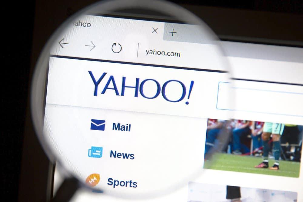 Yahoo scant mails van gebruikers en verkoopt de data aan adverteerders