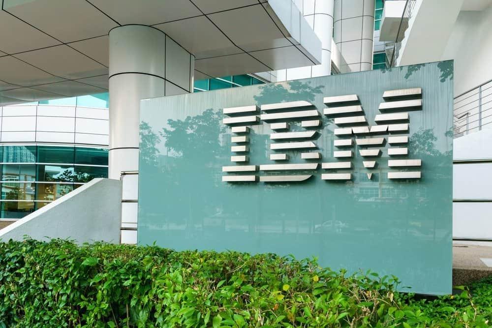 IBM wil quantum computing opschalen met nieuwe locatie en 53 qubit-systeem