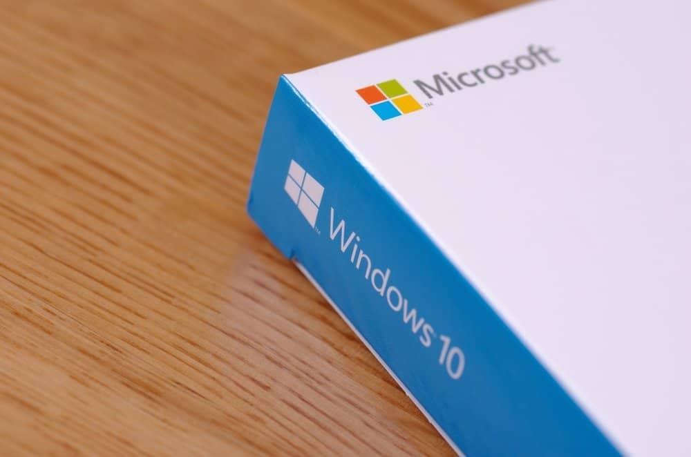 Windows 10-update geblokkeerd voor pc's met USB-opslag of SD-kaart