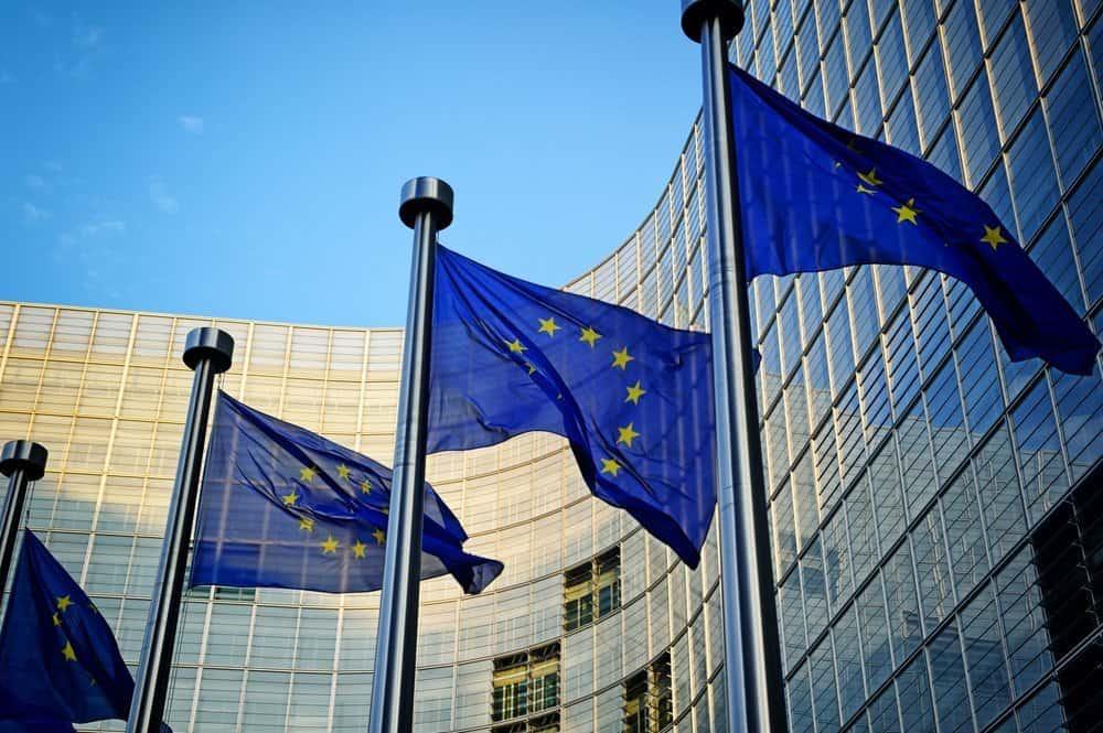 'EU moet mogelijk regels instellen voor datagebruik techgiganten'