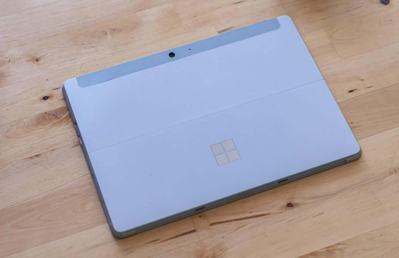 Microsoft Surface Go 2 achterkant