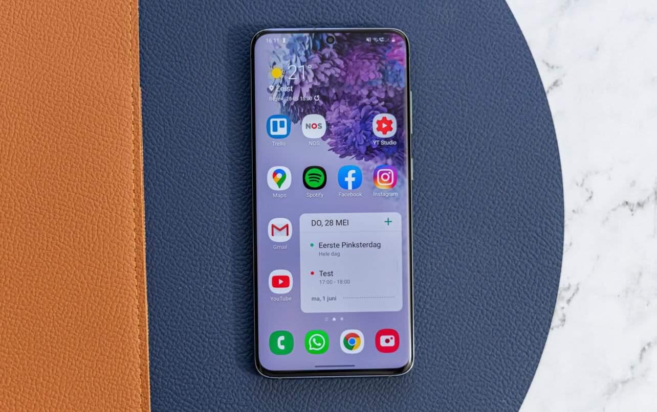 Samsung Galaxy S20 review design