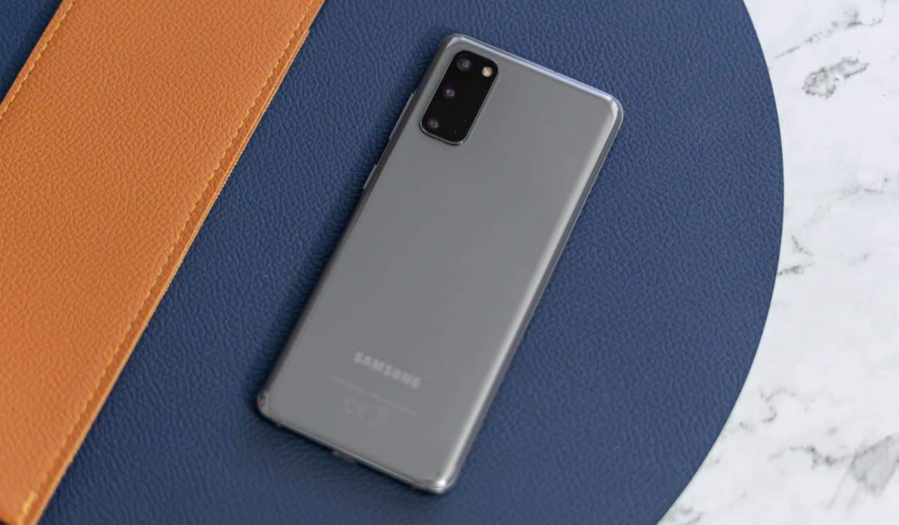 Samsung Galaxy S20 review achterkant
