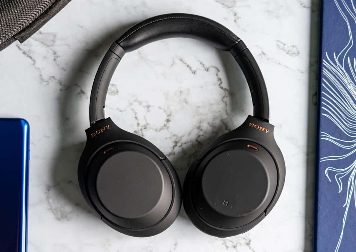 Sony WH-1000XM4 review design