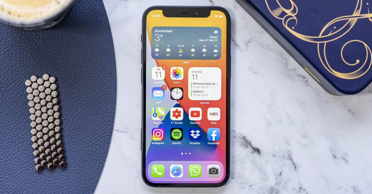 Apple iPhone 12 mini voorkant