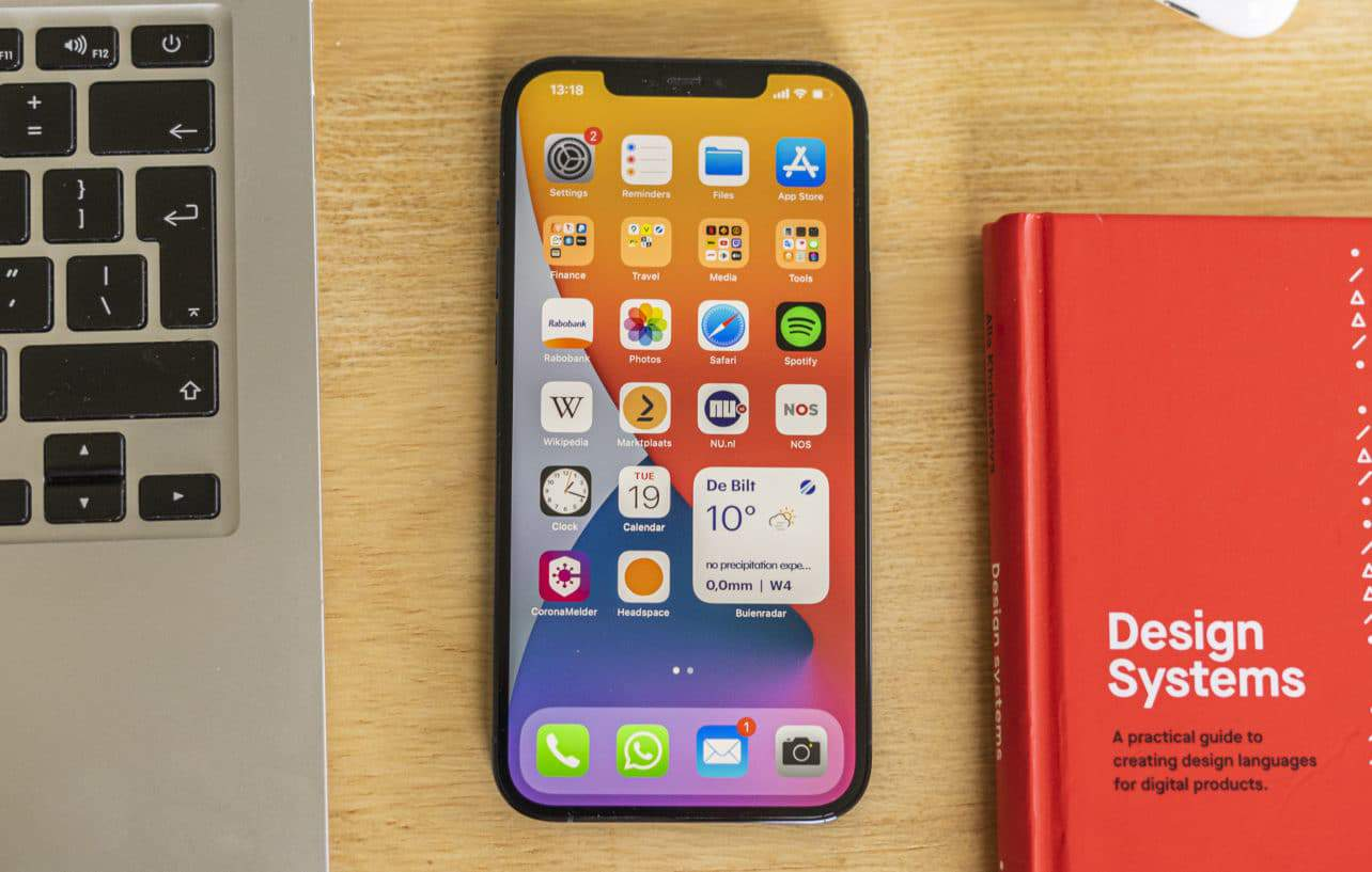 Apple iPhone 12 Pro Max review voorkant