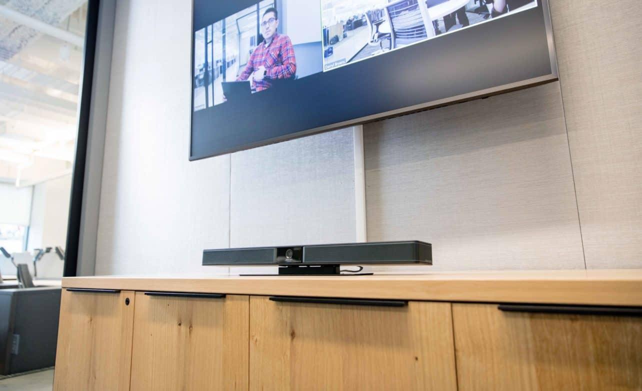 Bose komt met webcam voor vergaderruimtes