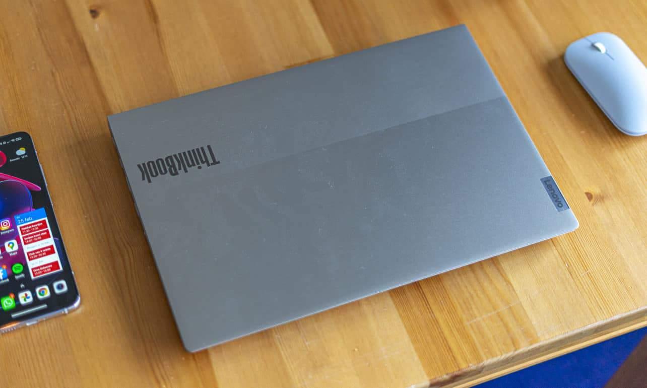 Lenovo ThinkBook 14 G2 dicht