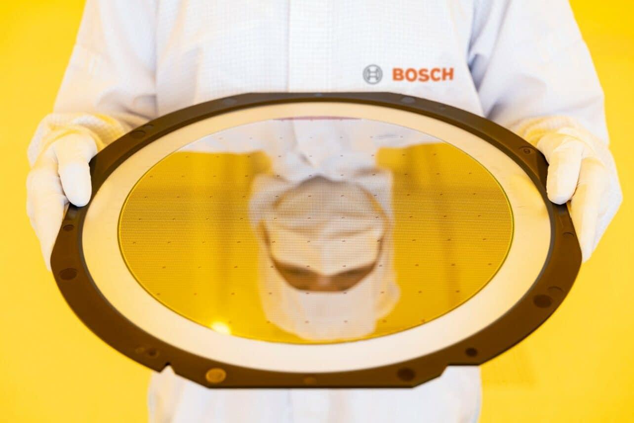 Bosch opent op basis van AI draaiende chipfabriek