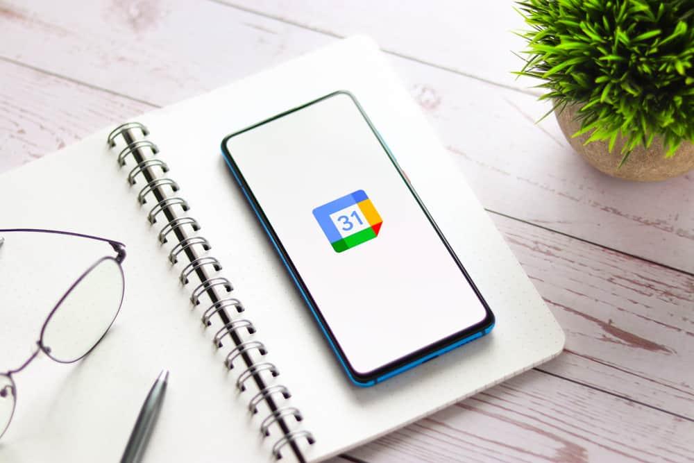 Google Calendar-uitnodigingen laten je kiezen voor offline of online